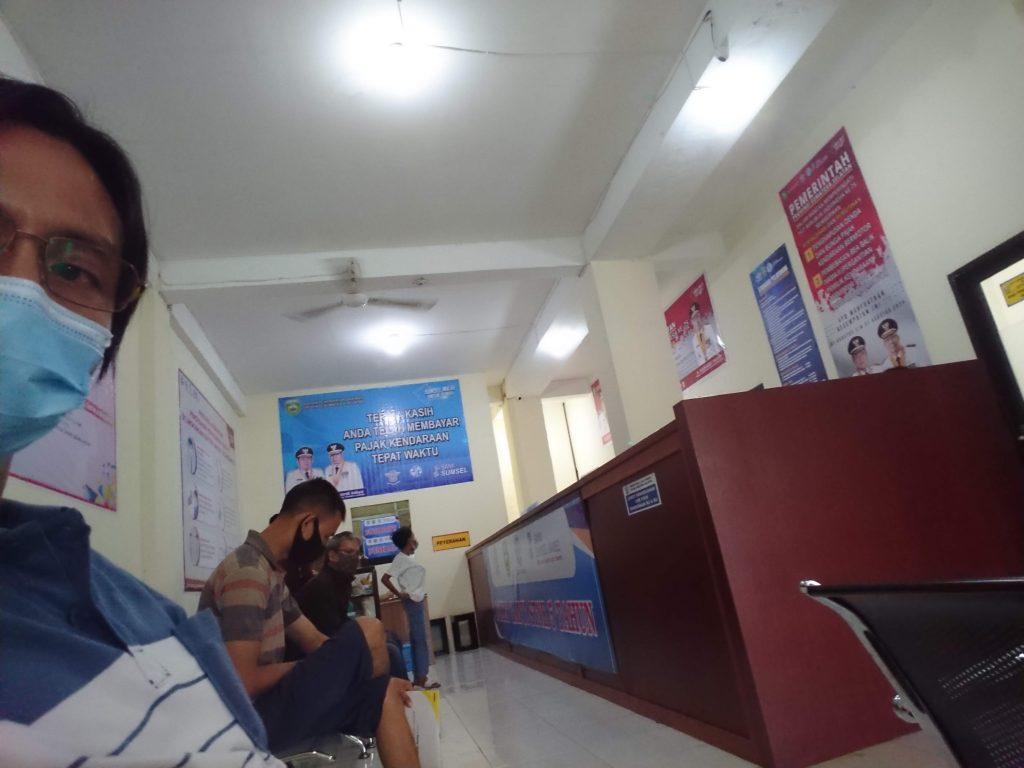 Cetak STNK dan PKB di Samsat Palembang III